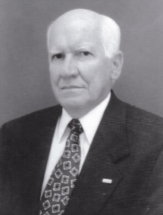 Dr. Mario Rueda Gòmez