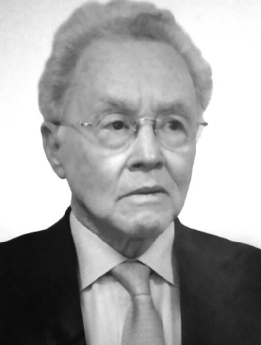 Dr. Ismael Roldan